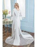 Retro Flared Sleeves Empire Plus Size Wedding Dress For Pregnant Brides with Lace Train