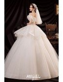 Classical Big Ballgown Wedding Dress Ruffled with Beaded Lace