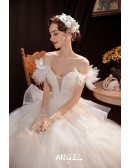Romantic Ballgown Tulle Wedding Dress Bling with Ruffles