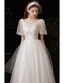 Beautiful Tulle Long Wedding Dress Beaded with Bubble Sleeves