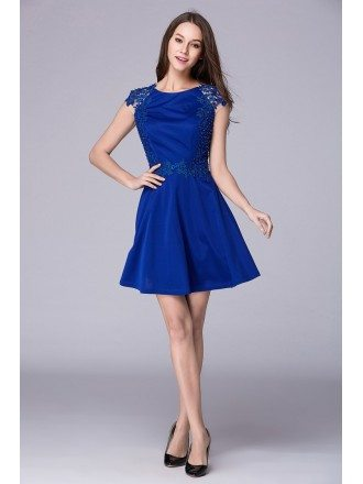Stylish A-Line Short Homecoming Dress With Cape Sleeves Appliques Lace