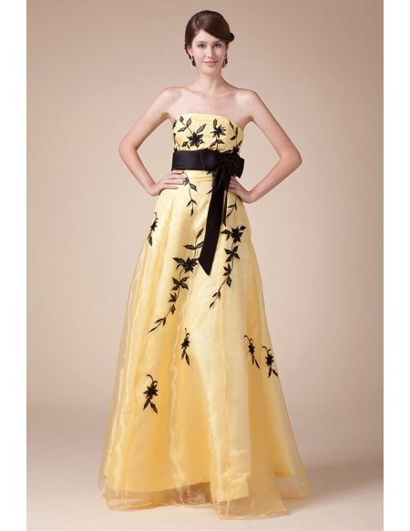 A-line Strapless Floor-length Tulle Prom Dress With Appliques Lace