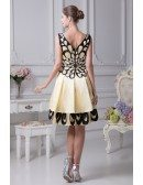 Black and Yellow Peacock Pattern Short Beaded Prom Dress with Sweetheart Neck